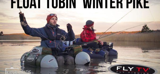 Winterhechtfischen vom Bellyboat