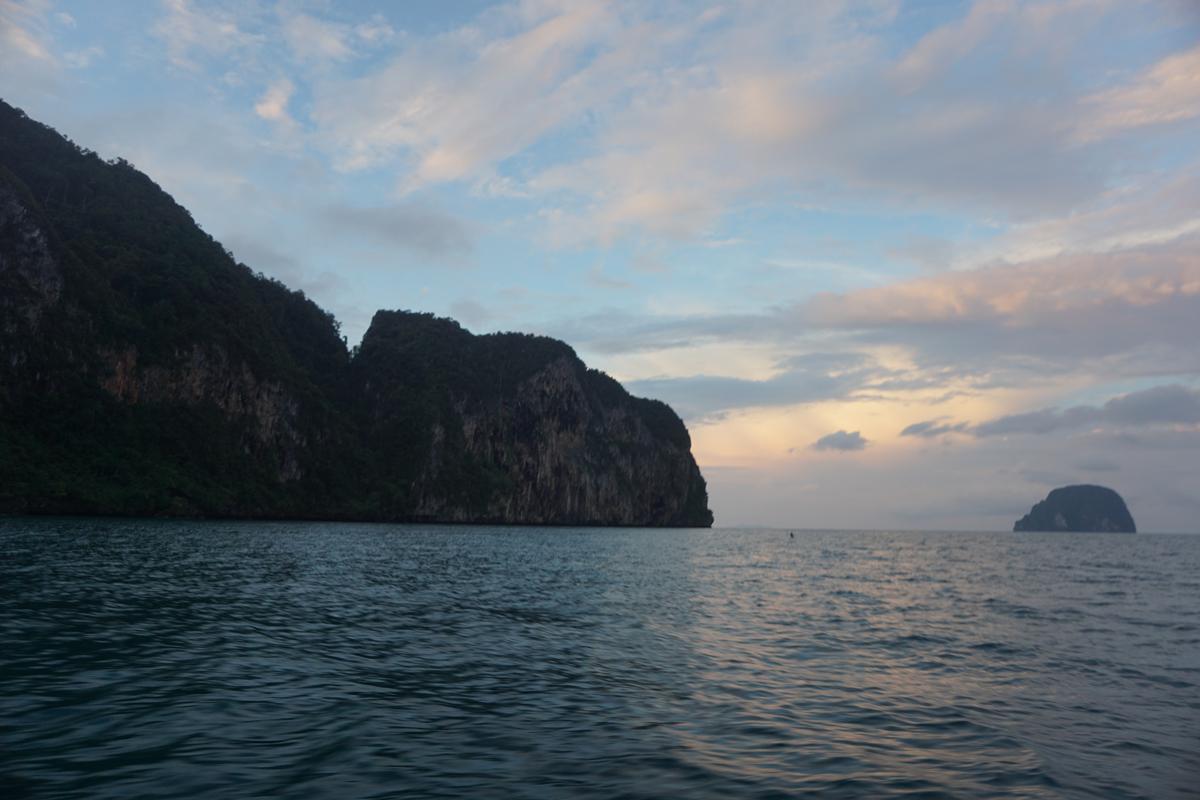 Morgendliche Stimmung auf dem Weg zum ersten Stop. Mission: Köderfisch!