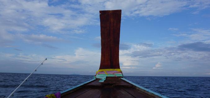 Winterauszeit – Kajakangeln: Aggro-Jiggen und Livebaiting in Südthailand