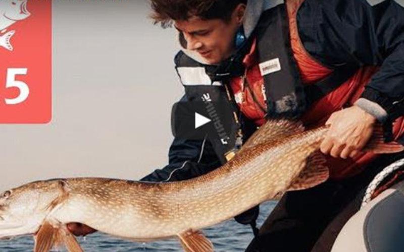 Dustin auf Freiwasser-Hecht-Jagd