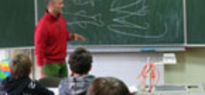 Dietmar Isaiasch erteilt HSTE Fishing Team eine Lektion!